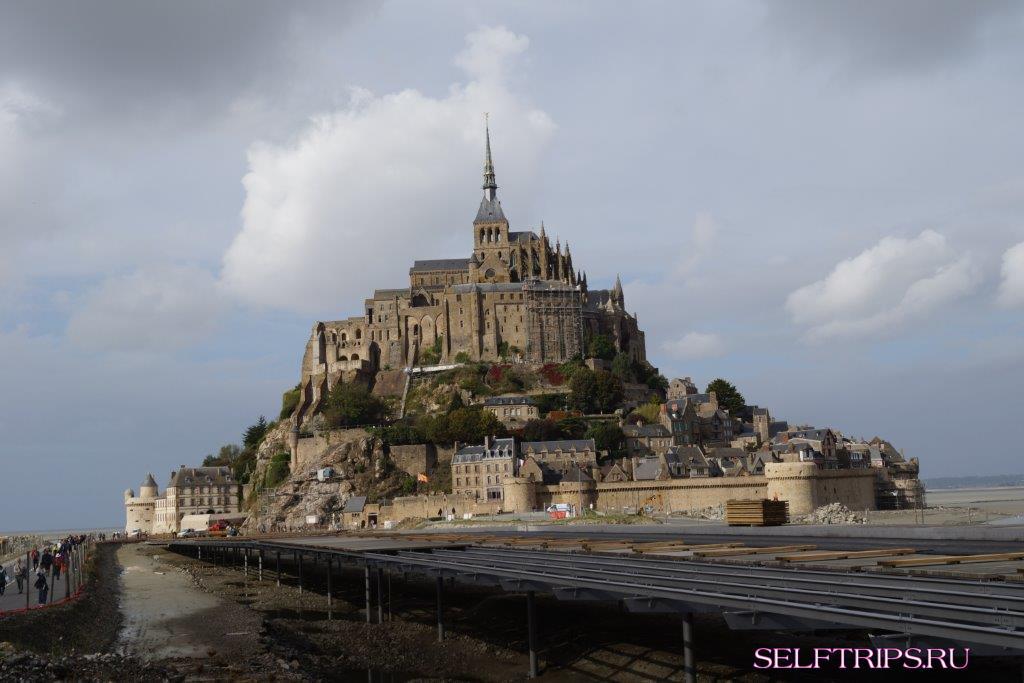 Остров-монастырь Мон-Сен-Мишель