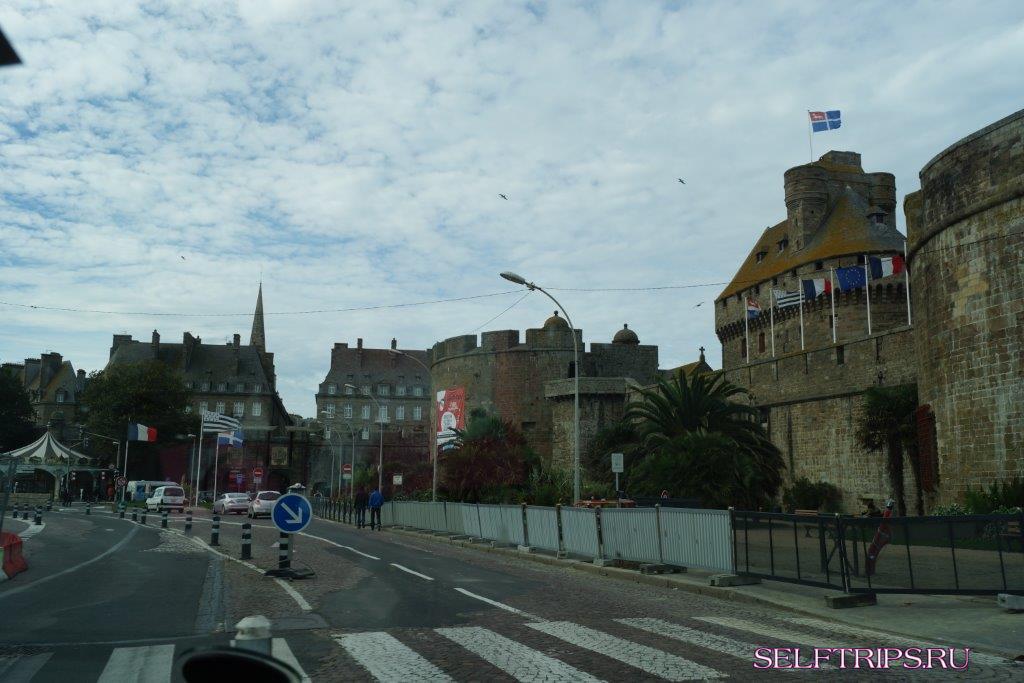 Бретань, Канкаль - Сен-Мало -  Динан - Ланьон.