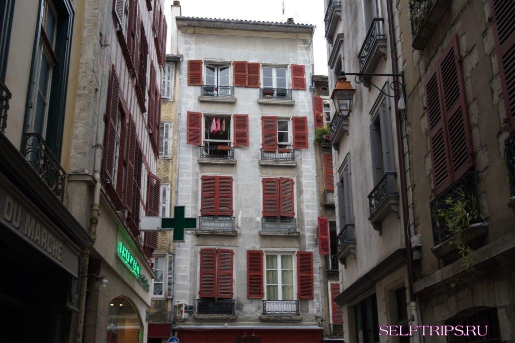 Регион Бордо - баская провинция, Байонна. Испания все ближе.