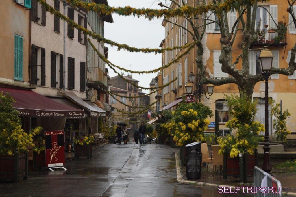 Европа на машине!!: День 142 Лазурный берег в дожде!