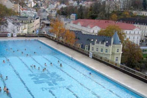 Outdoor pool thermal hotel